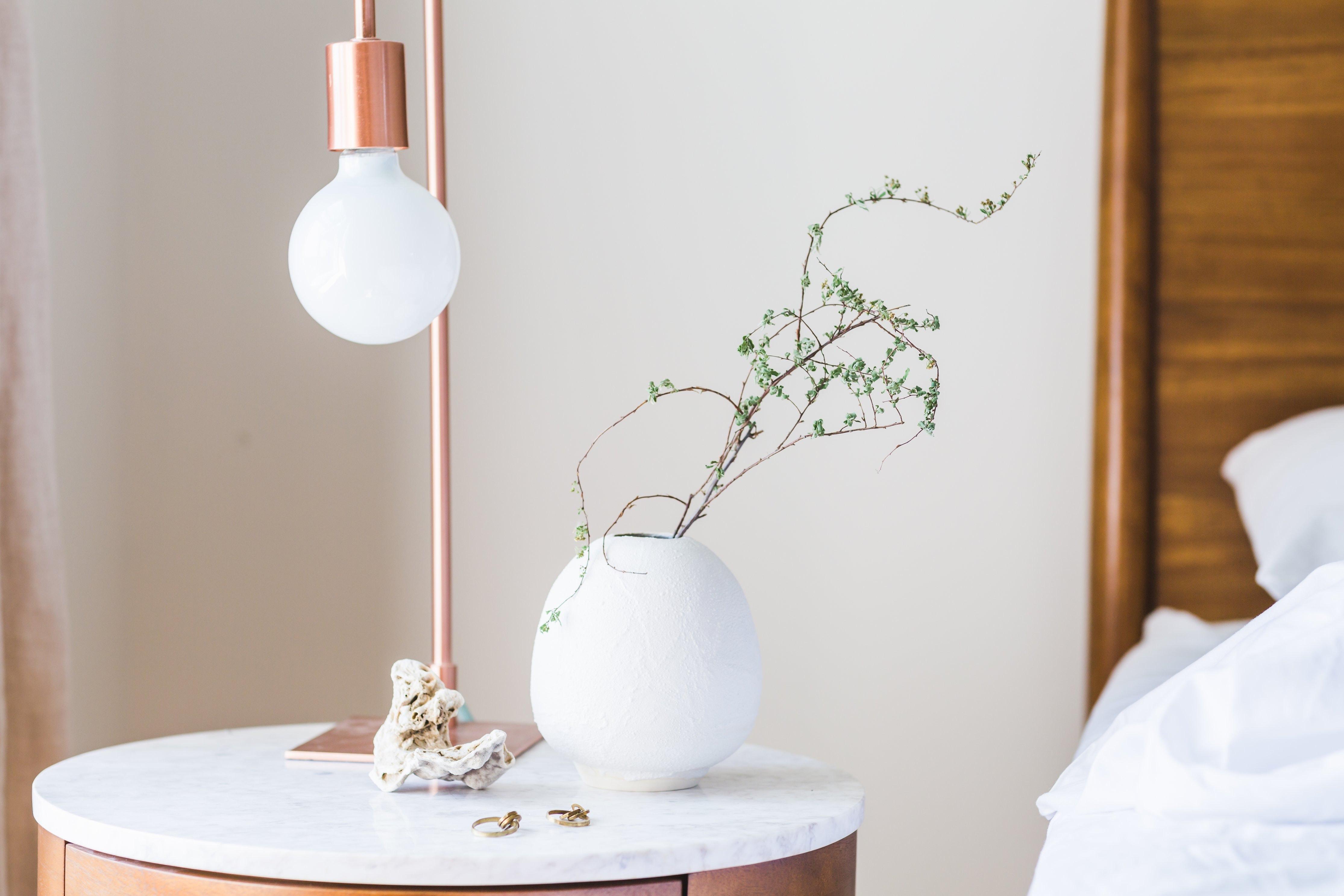 Her finder du bl.a. lamper fra populære mærker som Frandsen Lighting og VP Globe