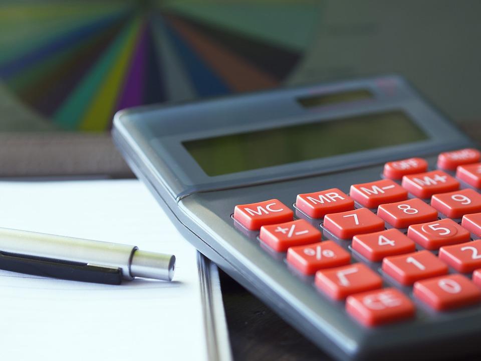 Kuglepenne og brevpapir med tryk til erhverv