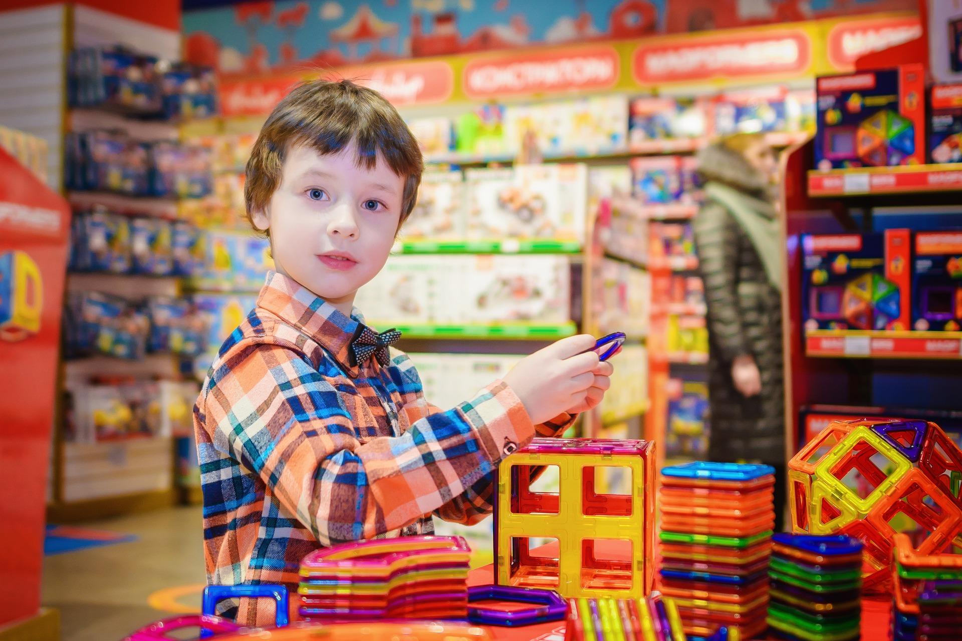 Online forhandler af kuglebaner og legetæpper til børneværelset