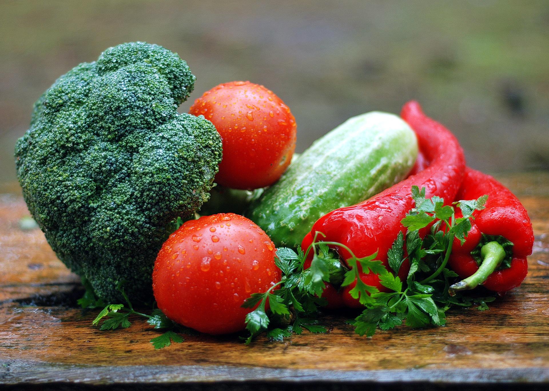 Få leveret en lækker måltidskasse med friske råvarer og grøntsager til døren