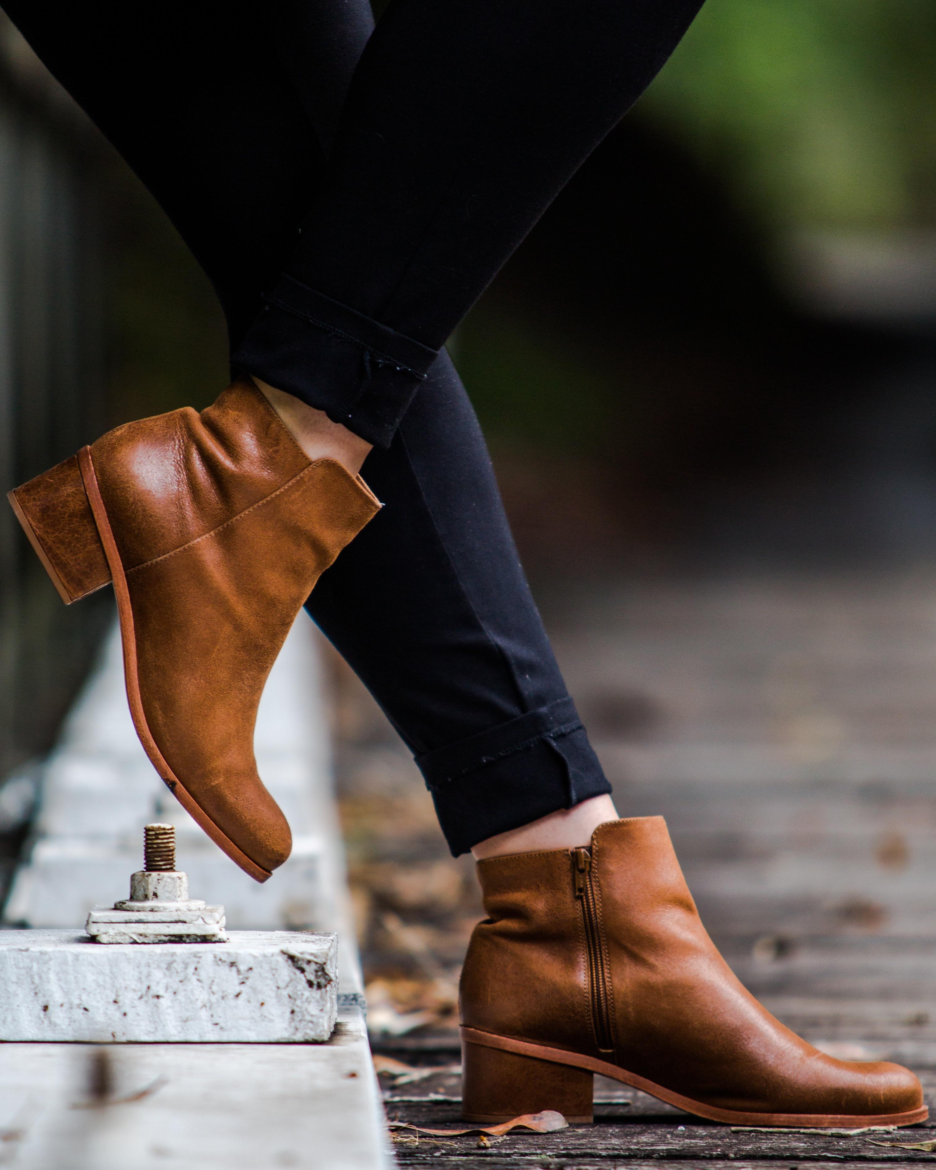 Køb sko fra Billi Bi i god kvalitet og flotte Nome sko til gode priser her