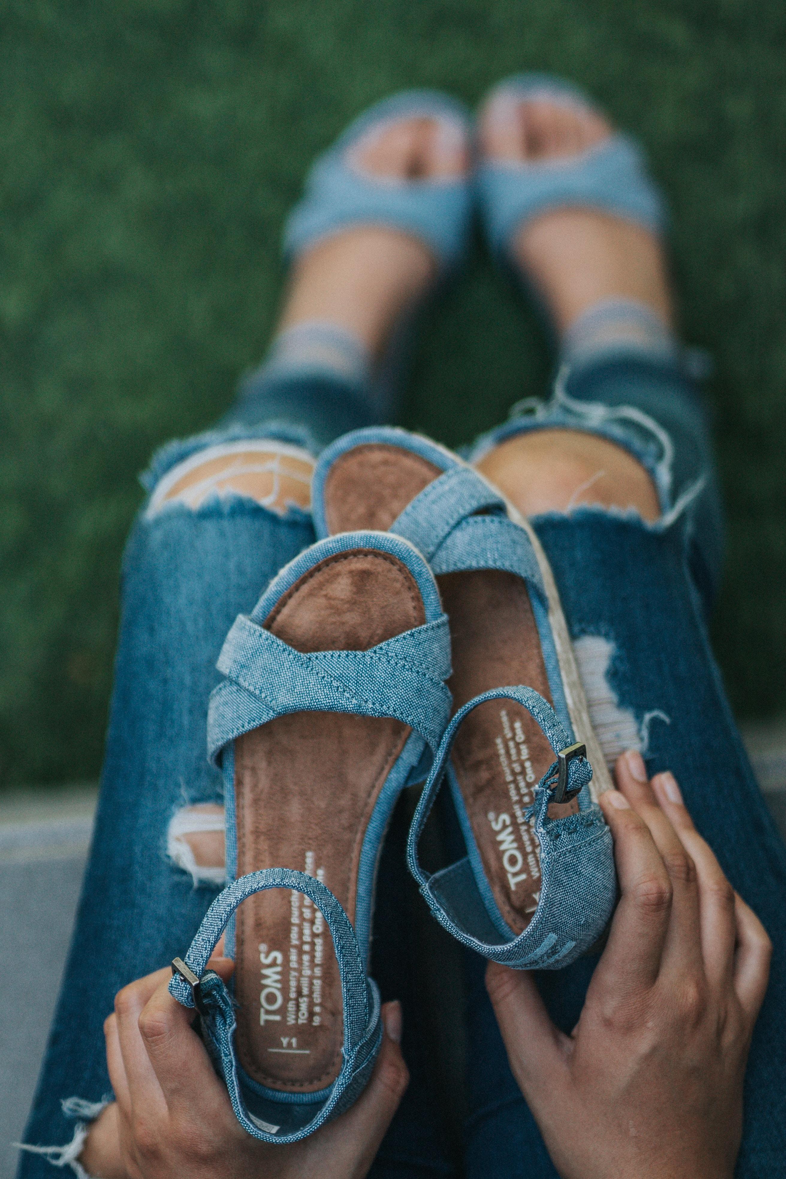 Køb alt fra flotte Billi Bi sandaler til flade sandaler