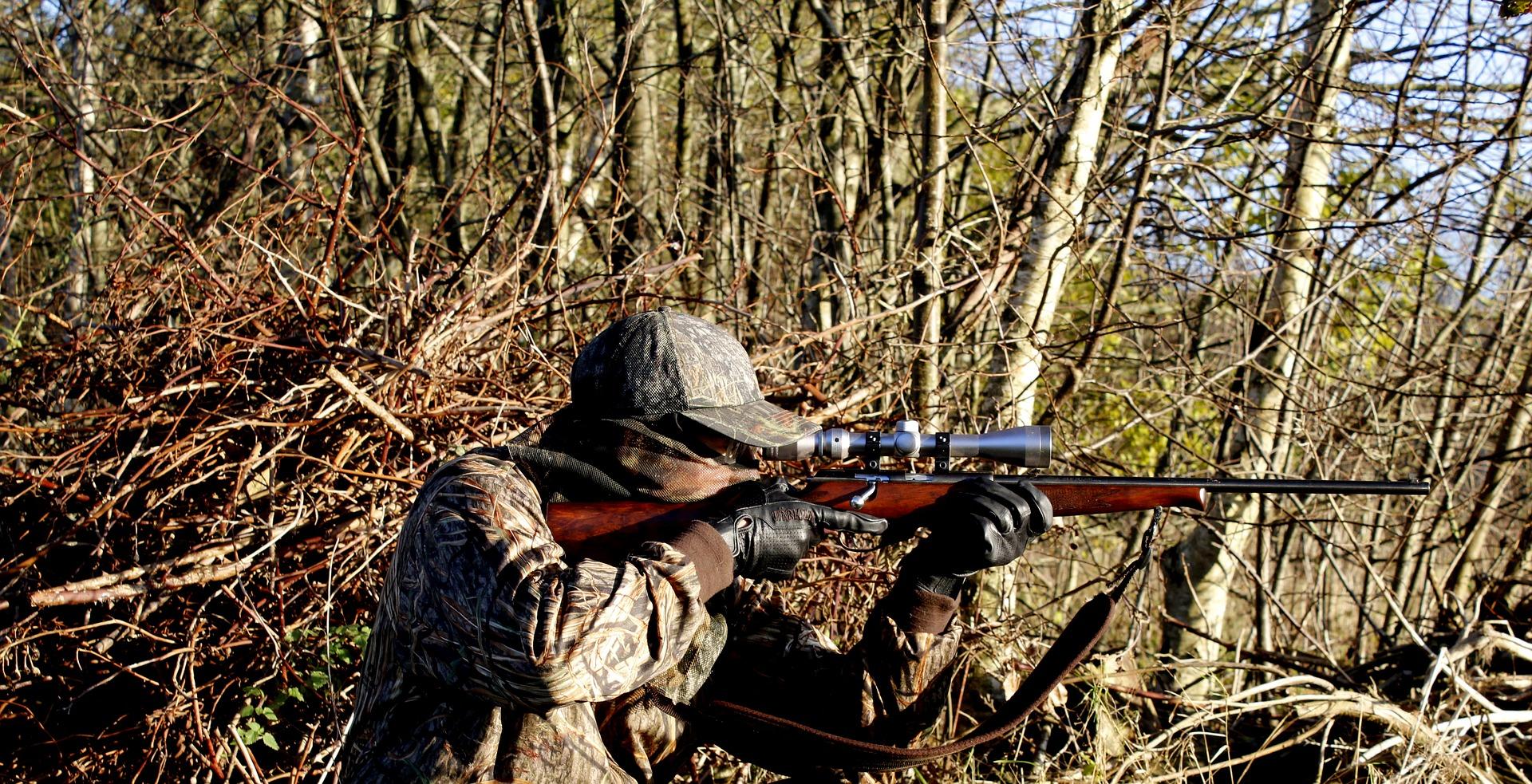 Lokkeænder og afstandsmålere til jagt fra brands som Greenhead Gear, Oerts m.m.