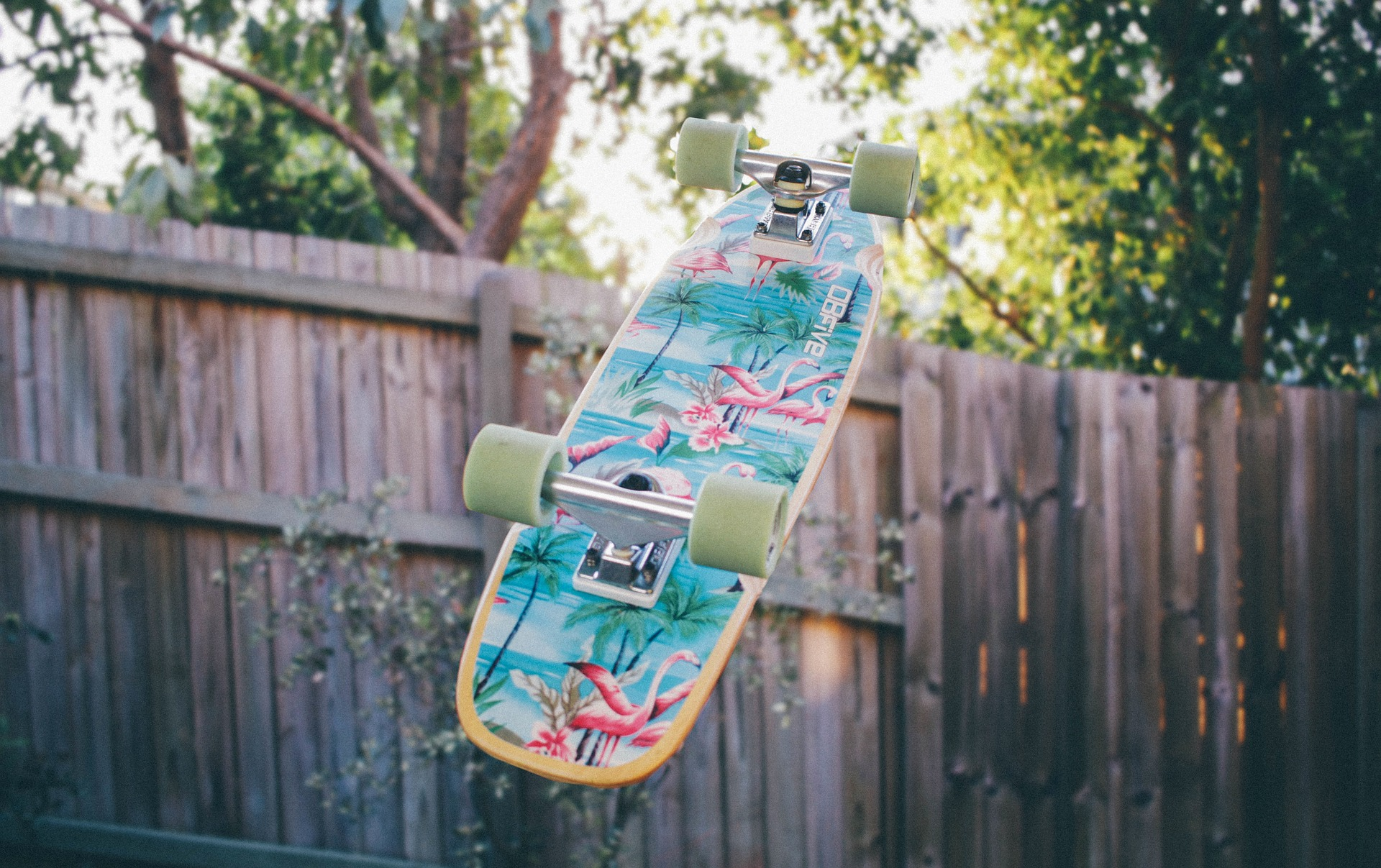 Bredt udvalg til skate – Mangler du et skateboard eller rulleskøjter?